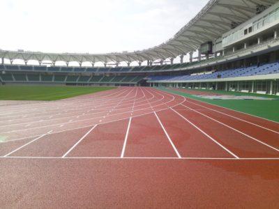 新設の陸上競技場
