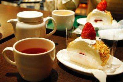 喫茶店でお茶