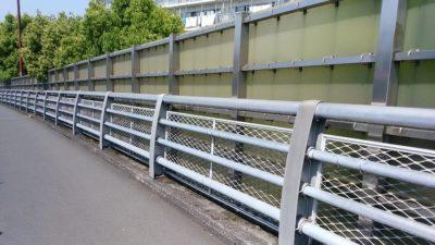 会下山橋の道路